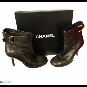 CHANEL Soft Black Lambskin Leather Ankle Boots